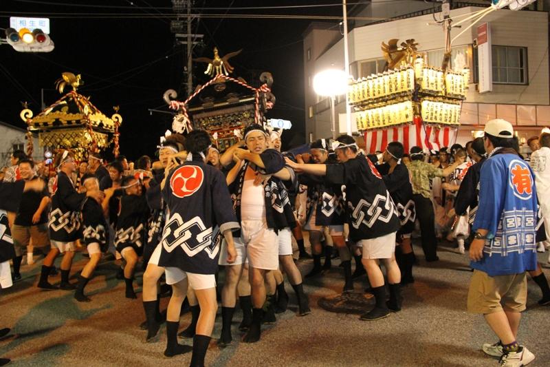 http://www.sakukankou.jp/MT/mtblog/event/%E5%B2%A9%E6%9D%91%E7%94%B0%E7%A5%87%E5%9C%92%E7%A5%AD.JPG