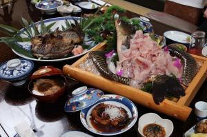 佐久鯉料理.jpgのサムネイル画像