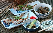 川魚料理、つけ場