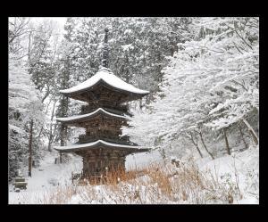 12【準優秀賞】「冬の古塔」(篠原道雄).jpg